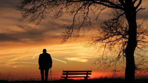 Una vita trascorsa a cercare fama e fortuna lascerà una persona disorientata davanti alla morte