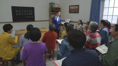 Incontri cristiani per adorare Dio