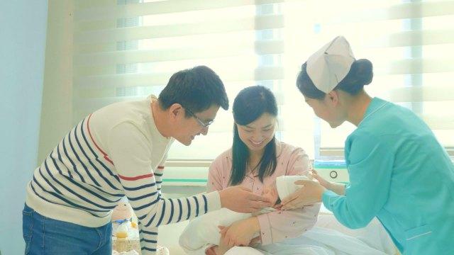 Ha dato alla luce un bambino sano
