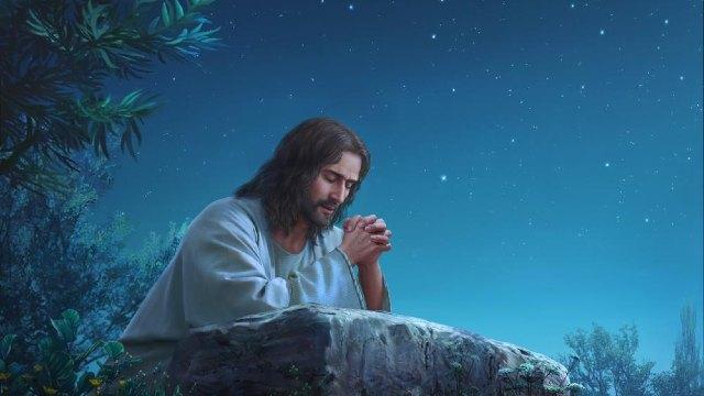 Risultato immagini per Gesù in preghiera