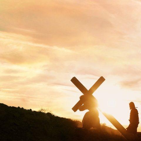 il Signore Gesù porta la croce
