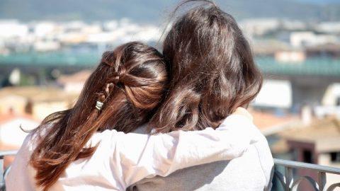 Due ragazze